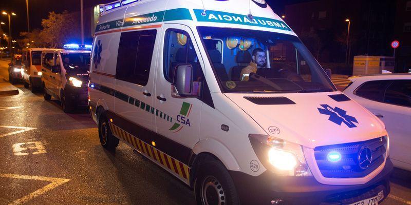 Así trabaja el personal de ambulancias que traslada a los enfermos de coronavirus en Castellón